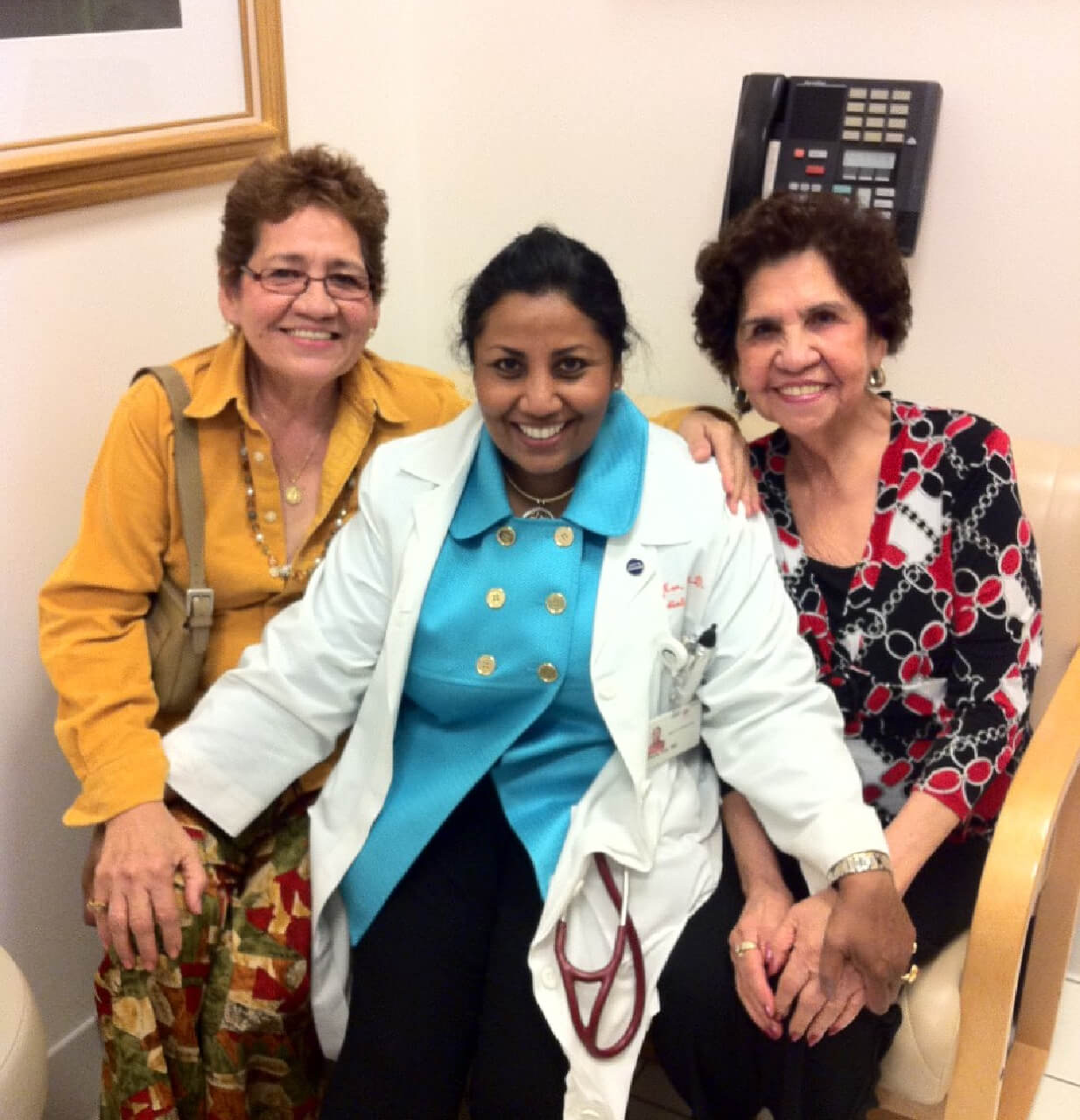 Sheila Kar with patients photo